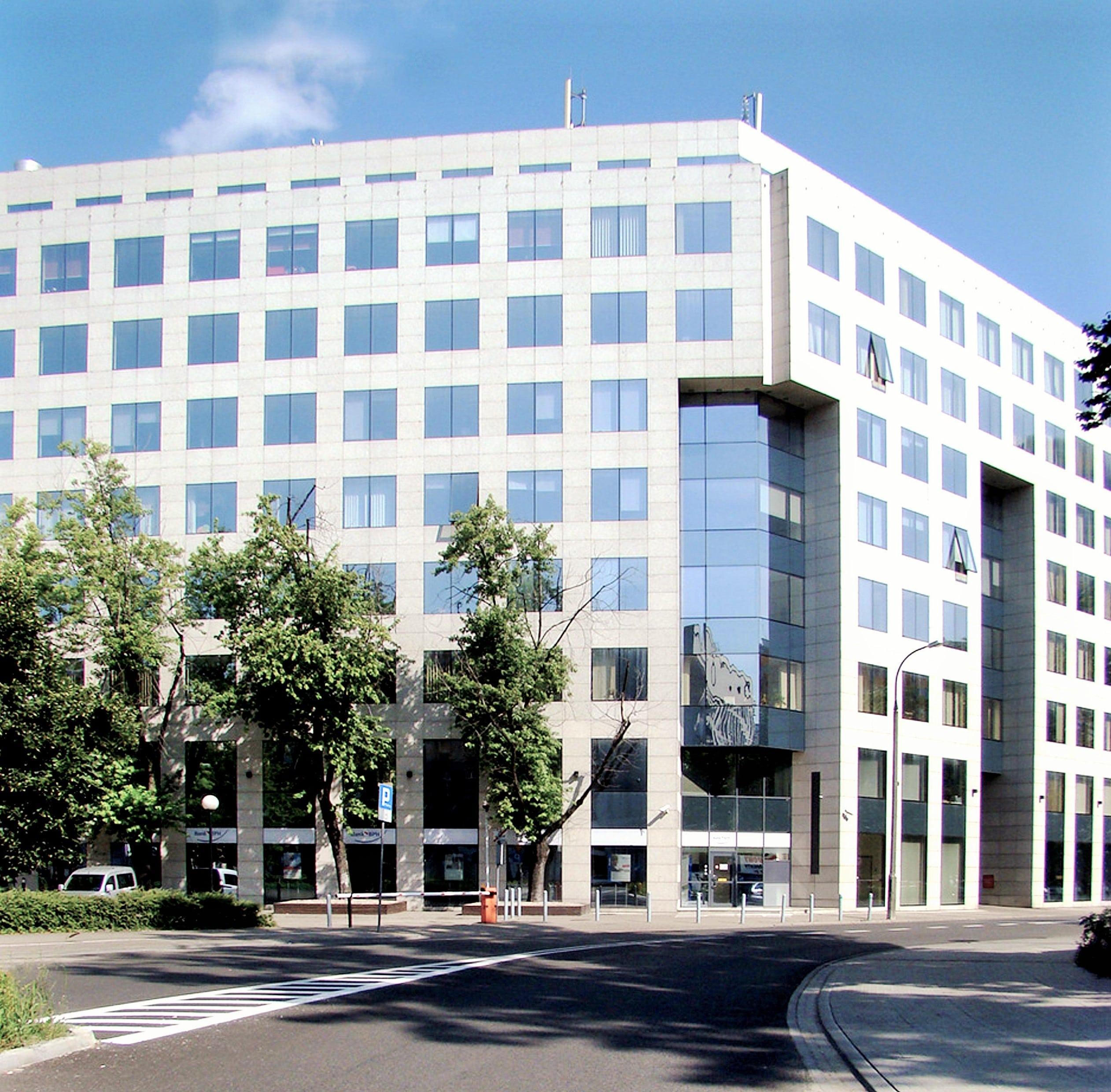 Budynek biurowy Sienna Center w Warszawie