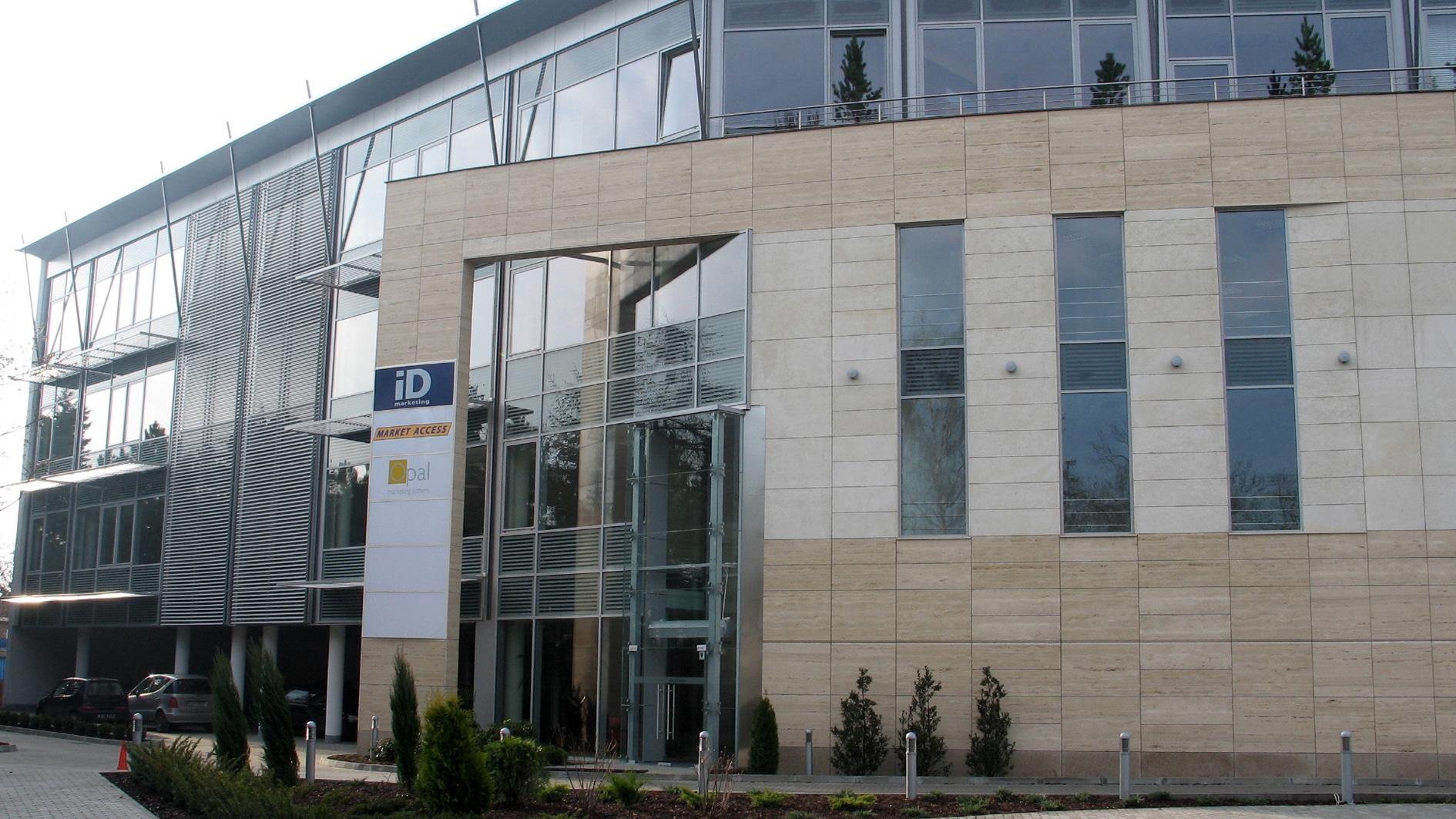 Budynek biurowy przy ulicy Ryżowej w Warszawie